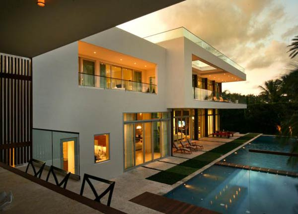 villa okto4 Wonderful Otko Villa on a Private Island in Miami Beach, Florida for Sale