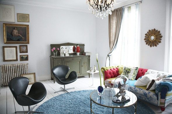 London House Blends Contemporary and Classic 2