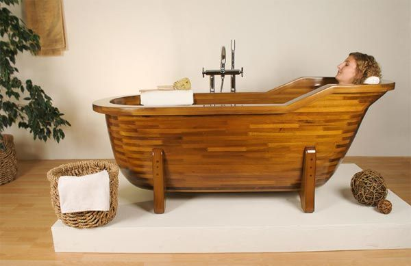 wood bathtub3 Wood Made Bathtubs by Stolis Turn Your Bathroom Into a Spa