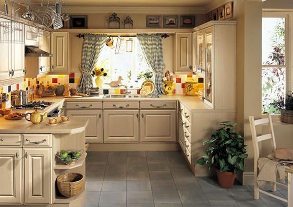 Richmond Swiss Pear11 25 Inspiring and Delightful Traditional Kitchen Designs