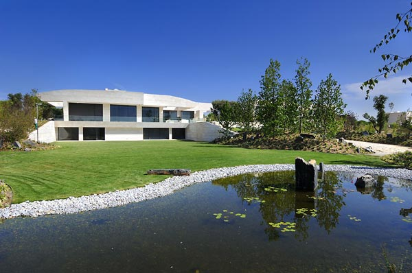 beautifu home architecture building acero archiects lake Amazing House That Offers the Maximum Life Quality by A cero