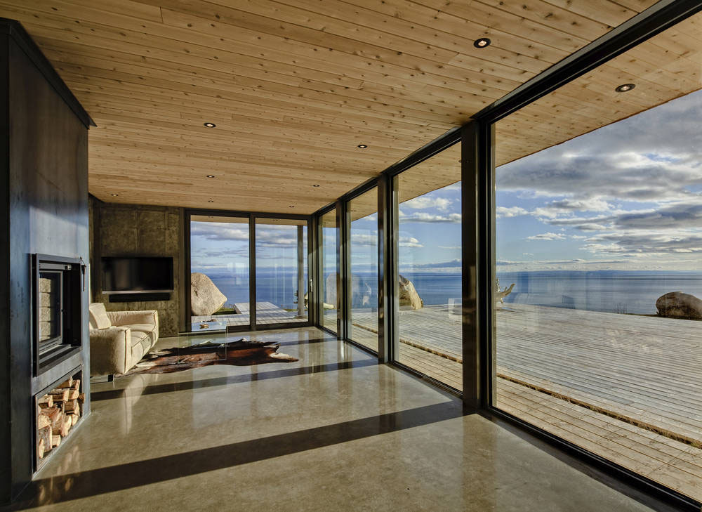 30 Floor to Ceiling Windows with Natural Light  Freshomecom
