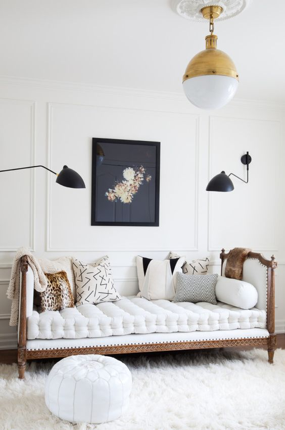 daybed in living room ideas table lamps on sale 12 we re daydreaming about freshome com black white