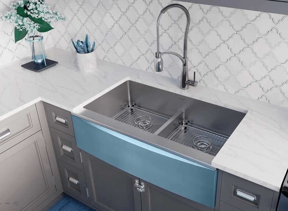 Are Farmhouse Sinks Still Trendy  Freshomecom