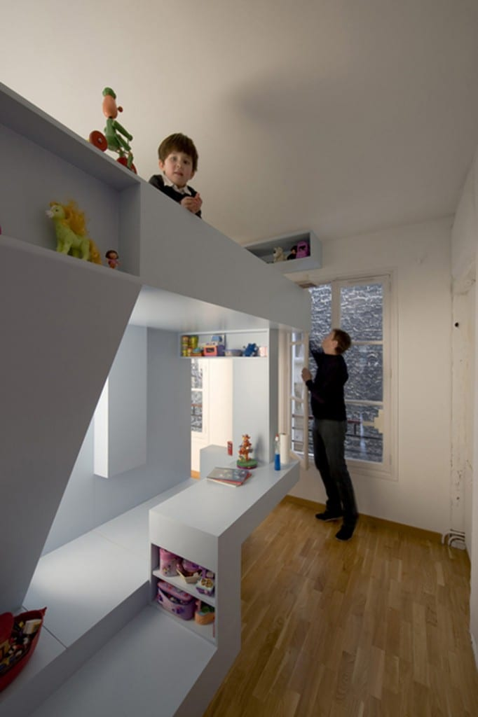 Minimalistische Einrichtung des Kinderzimmers  fresHouse