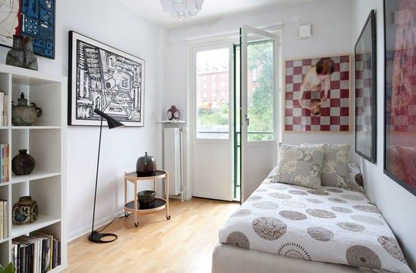Sehen Sie wie ein kleines Schlafzimmer gestaltet werden