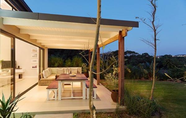 Überdachte Terrasse Moderne Terrasseneinrichtung FresHouse