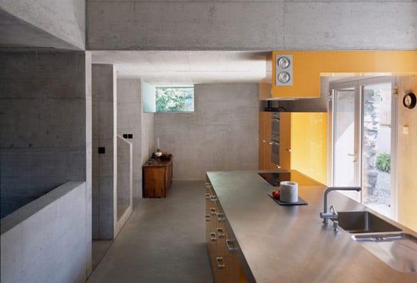 Umbauprojekt kleines Hauses in Chamoson  Savoiz Fabrizzi Architectes  fresHouse