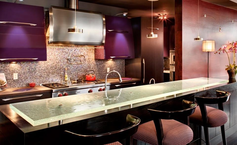 Oberflche aus Glas  Kchenarbeitsplatten und Bars von