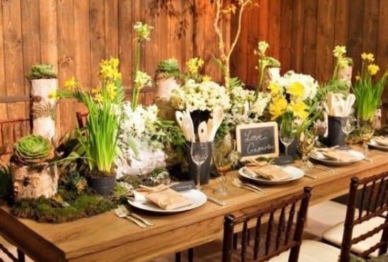Fantastische Ostern Tischdeko Idee Mit Blumen Und Moss