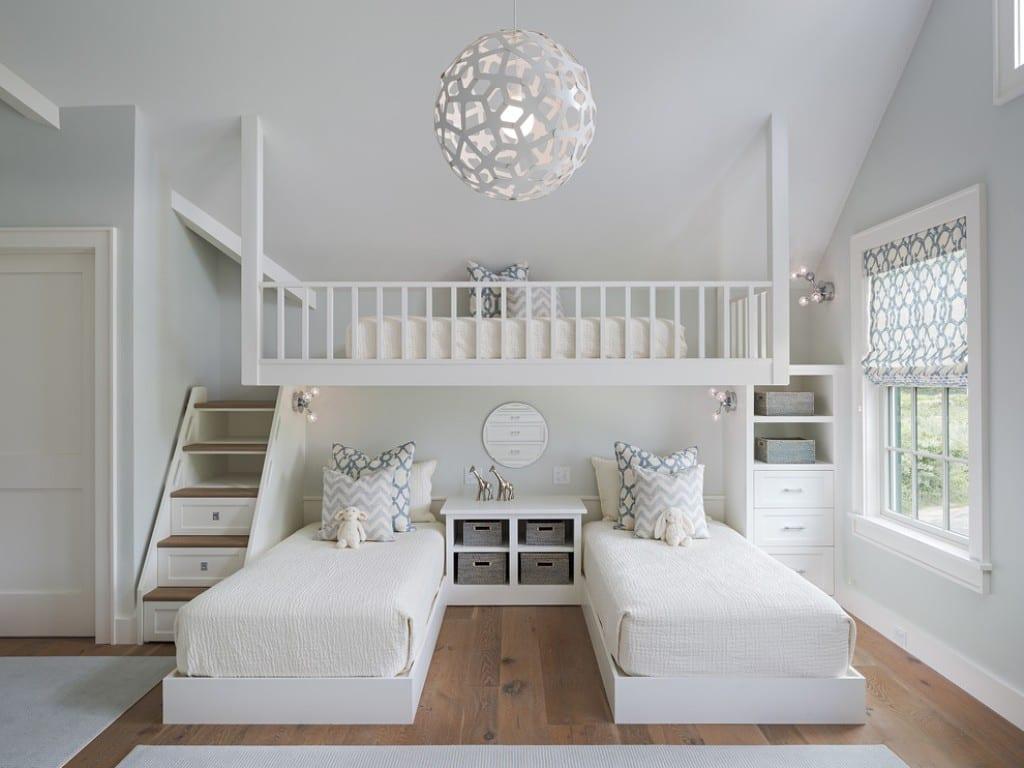 Kinderzimmer ikea hochbett  hübsches, helles kinderzimmer mit hochbetten für zwillinge ...