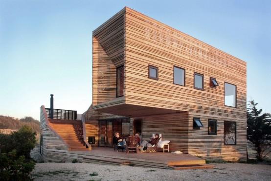 Amazing House with Back to Nature Theme / FresHOUZ.com