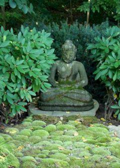 35 Awesome Buddha Garden Design Ideas For Calm Living