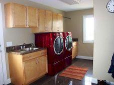 Laundry Room Mudroom Design Idea