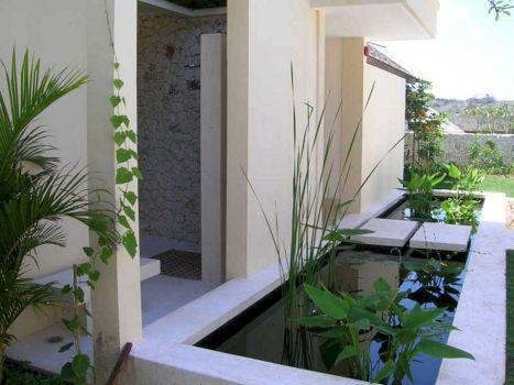 Minimalists Garden Design