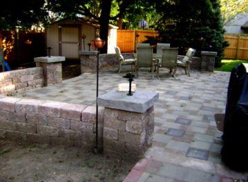 Small Garden Patio Design Idea