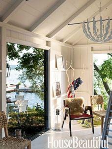 Cottage Lake House Decor Idea