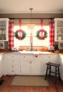 Simple Christmas Decoration Ideas 36