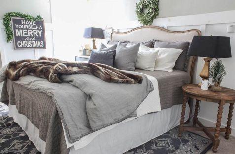 Awesome Christmas Bedroom Design 28