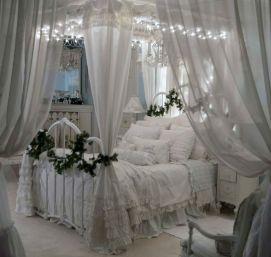 Awesome Christmas Bedroom Design 35