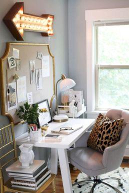 Light Interior Bedroom Ideas 25