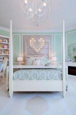 Light Interior Bedroom Ideas 34