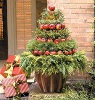 Outdoor Christmas Tree Decorating Idea