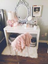 DIY Makeup Vanity Design Ideas 3