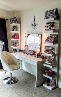 DIY Makeup Vanity Design Ideas 4