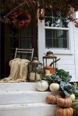 Gorgeous Farmhouse Front Porch Ideas 117