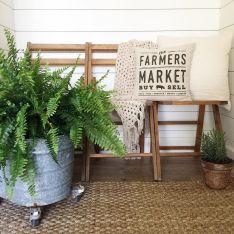 Gorgeous Farmhouse Front Porch Ideas 120