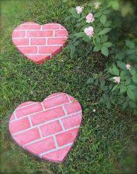 DIY Garden Stepping Stone Ideas