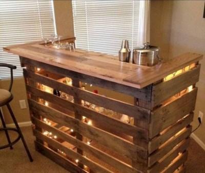 DIY Wood Pallet Projects Bar