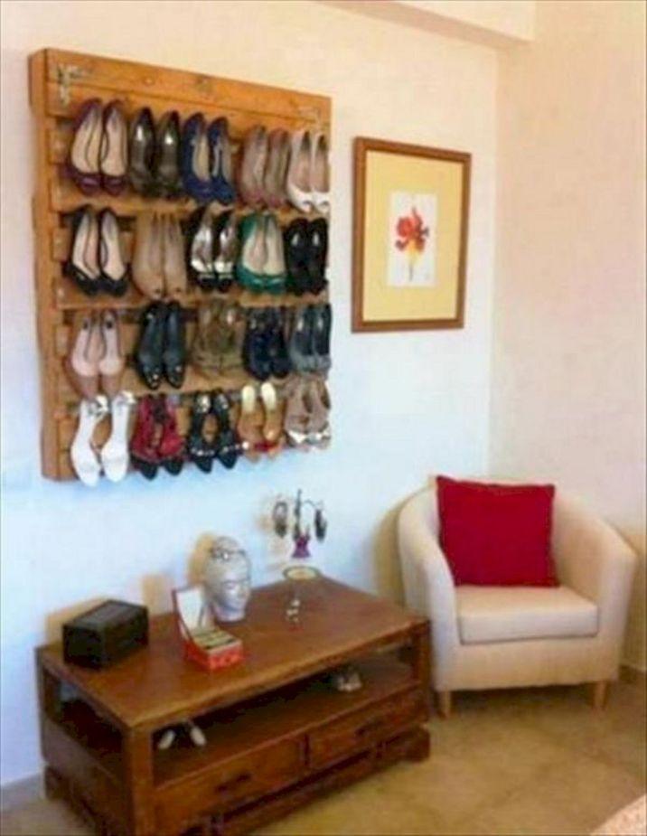 Pallet Shoe Storage Idea