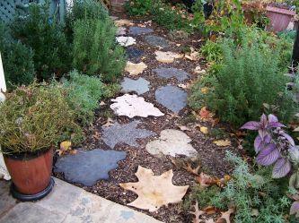 Stepping Stones Walkways Idea