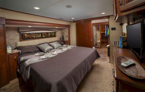 Luxurious RVs Interior 125