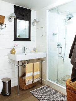 Modern Vintage Bathroom Ideas 25