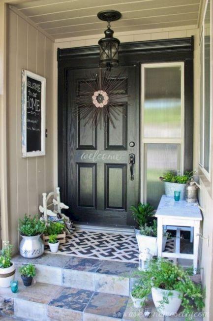 Tiny Front Porch Decorating Ideas 122