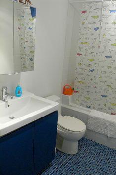 Kids Bathroom Design 12