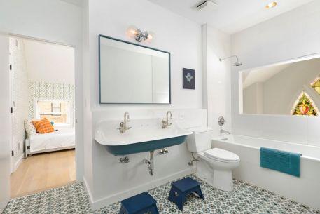 Kids Bathroom Design 17