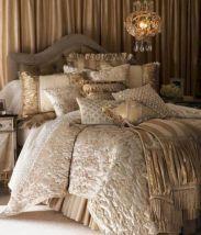 Luxurious Bedding Design 21