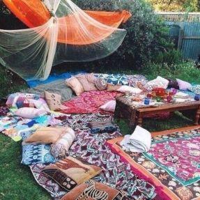 Hippie Black Garden Ideas 1