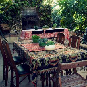 Hippie Black Garden Ideas 13