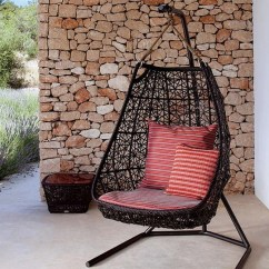 Hanging Chairs Garden Furniture Shaker Ladder Back Chair Patio 25 Most Comfortable Designs Rattan Swing By Patricia Urquiola