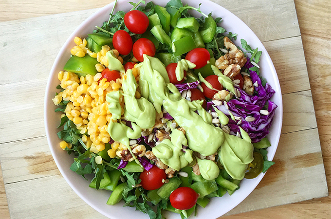 Balanced Salad: Some tips on what to keep on hand to make big, filling, easy salads. Click to read more... GrokGrub.com