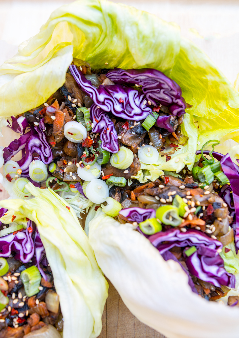 Spicy Veggie Lettuce Wraps: healthy meal made with vegetables from a corner store! (paleo, vegan)