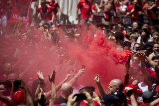 Thousands of English fans arrive Madrid for Champions League final