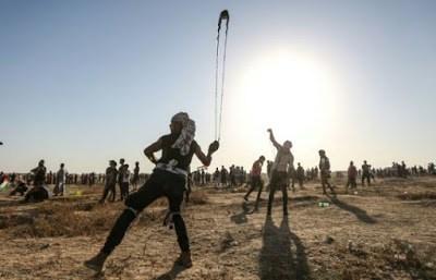 Israeli warplanes hit Gaza after Palestinian rocket attack