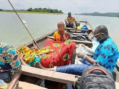 PHOTOS: Woman Gives Birth On Canoe While Fishing