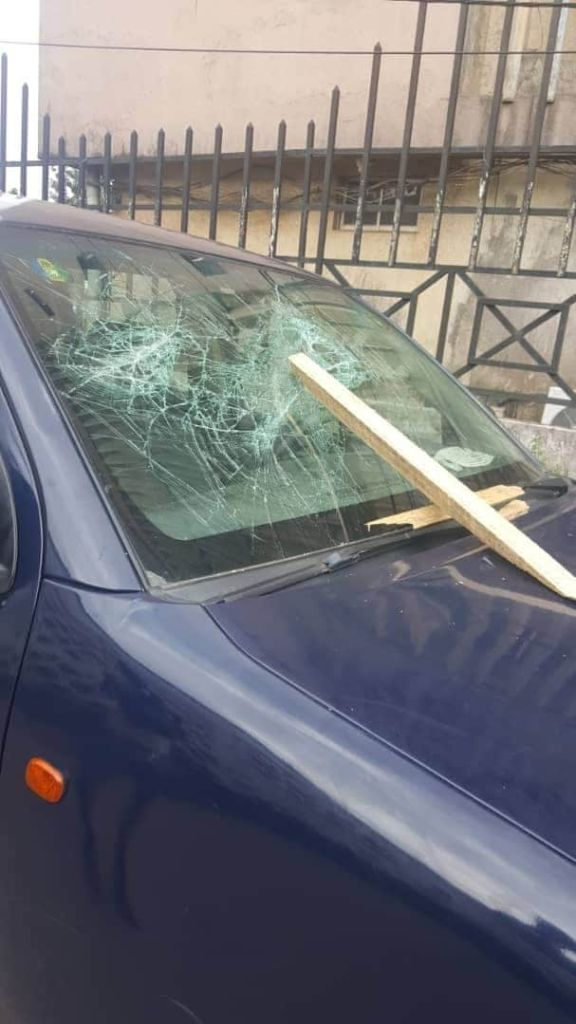 Thugs Destroy APC Vehicles In Edo (Photos)
